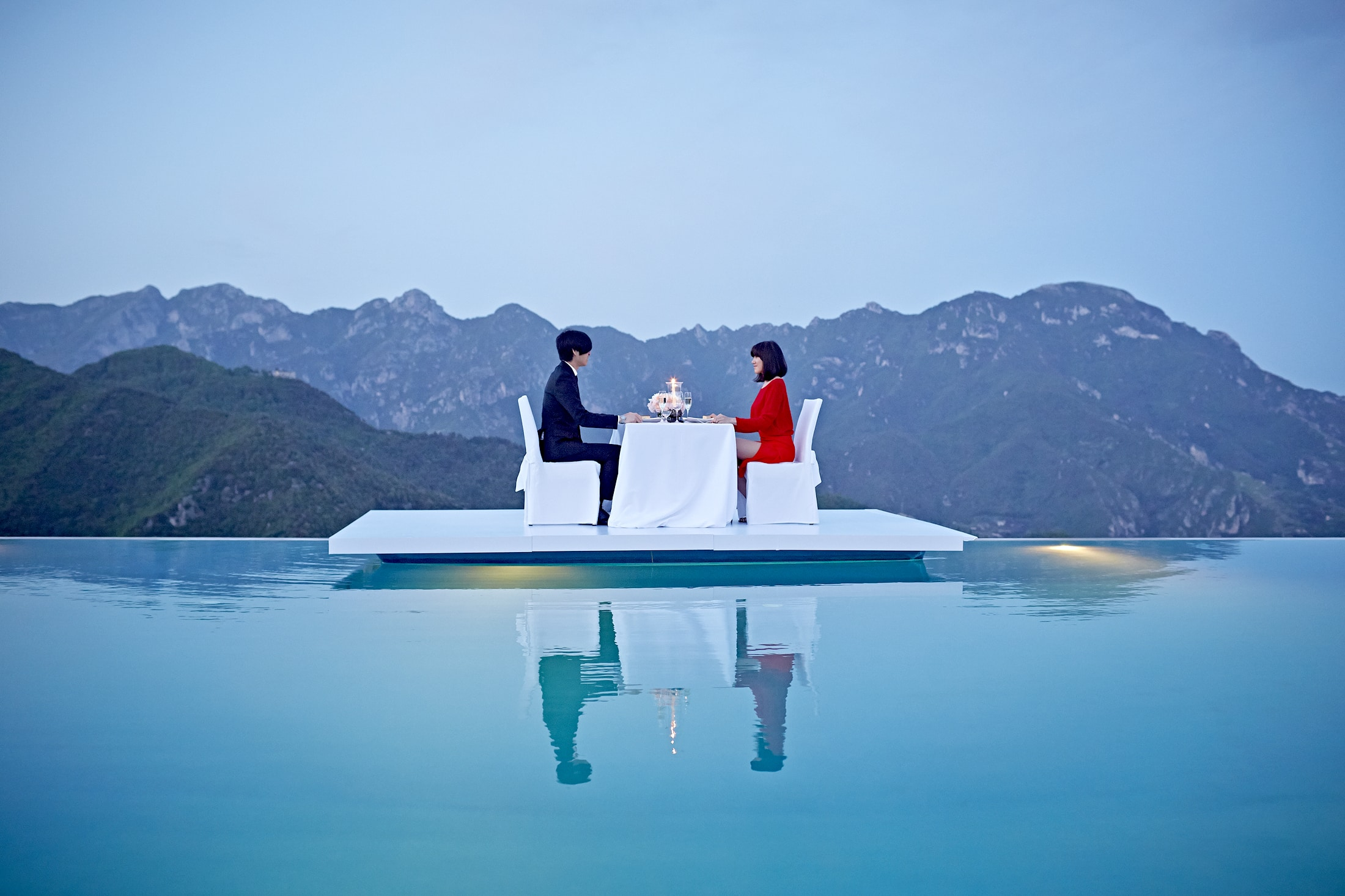 Floating Romantic Dinner @ Belmond Hotel Caruso